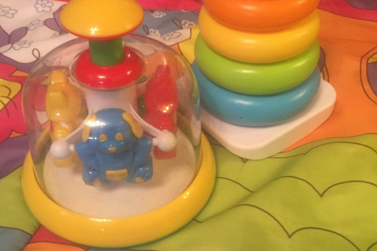лучшие игрушки для ребенка до года